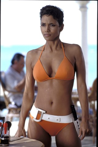 Jinx (HALLE BERRY) has her first encounter with James Bond in the beach ...
