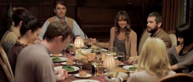 youre-next-movie-screenshot-dinner (Custom)