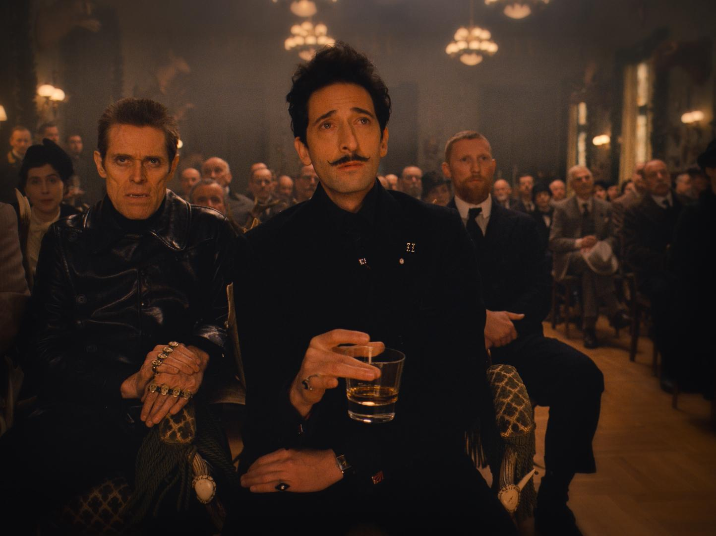 still-of-willem-dafoe-and-adrien-brody-in-the-grand-budapest-hotel-(2014)-large-picture