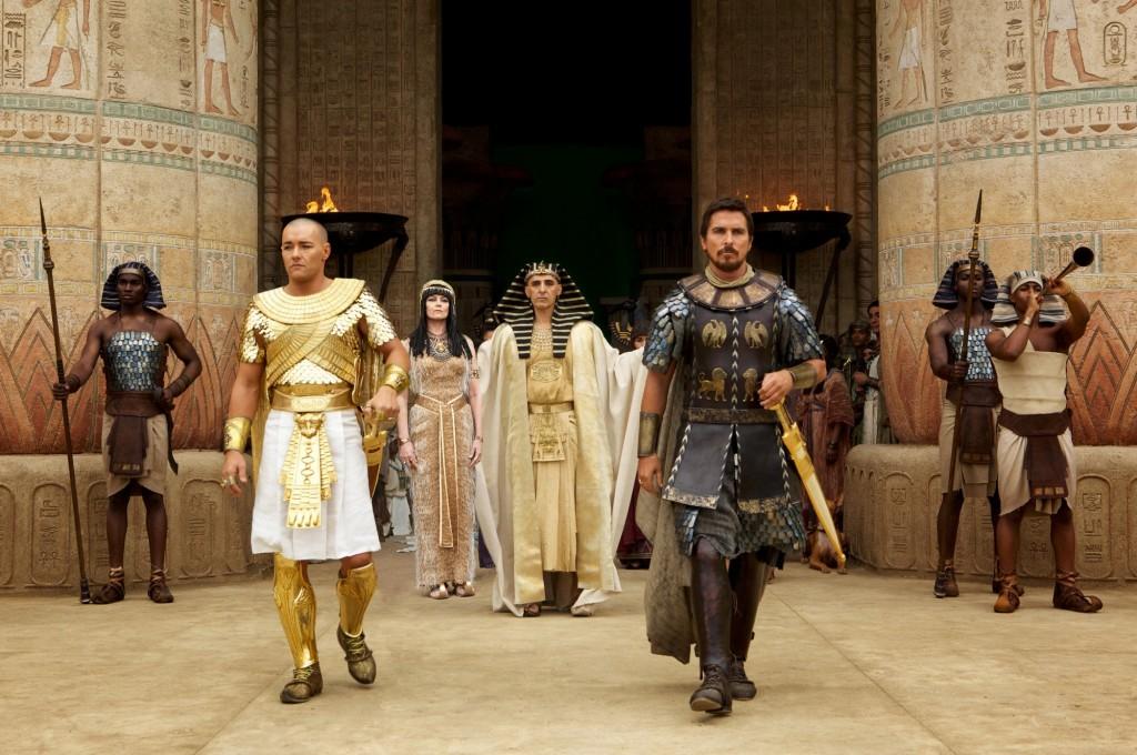 Christian-Bale-John-Turturro-and-Joel-Edgerton-in-Exodus-Gods-and-Kings-2014-Movie-Image