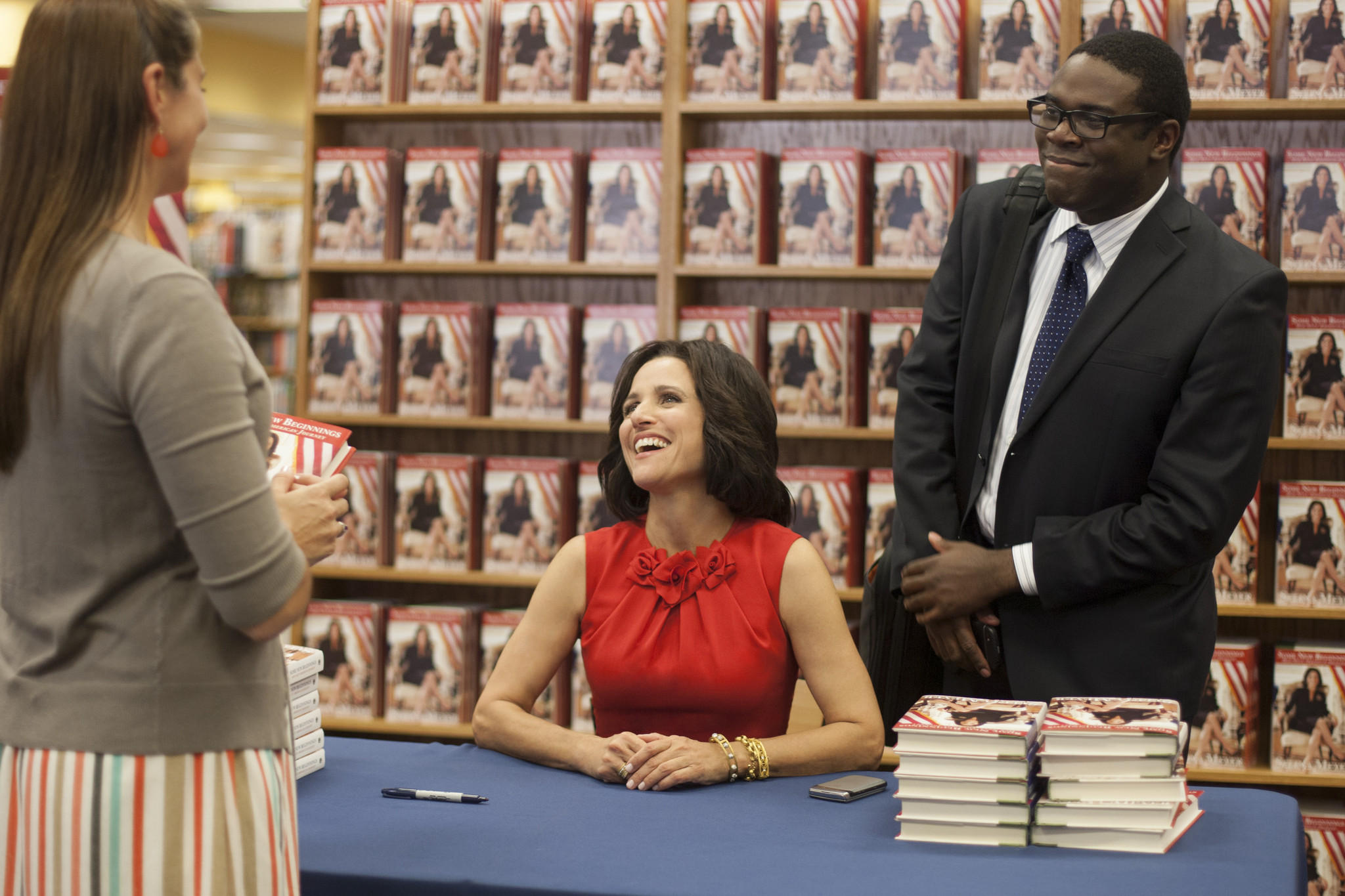 bal-veep-hits-higher-gear-hbo-season-3-2014040-001