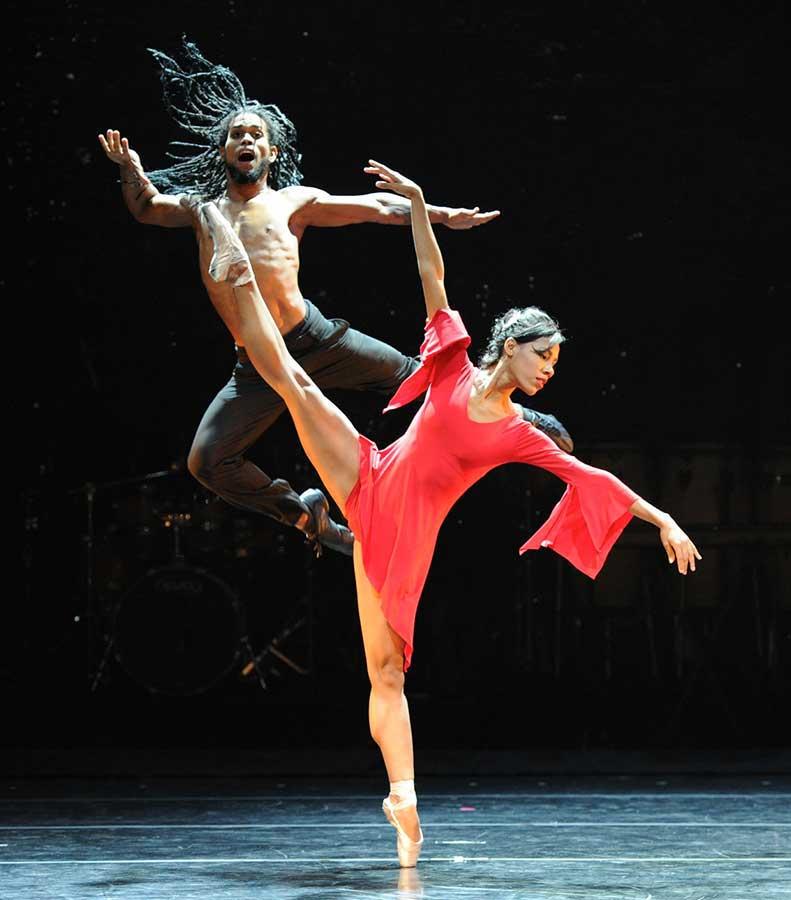 Lianett-Rodriguez-Gonzalez-Ballet-Revolucion-8