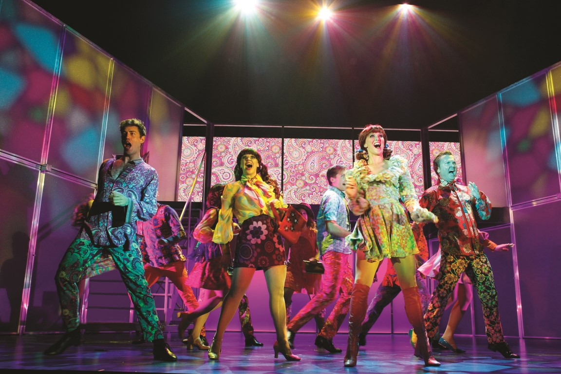 Georgy Girl - The Seekers Musical 11 pic credit Jeff Busby