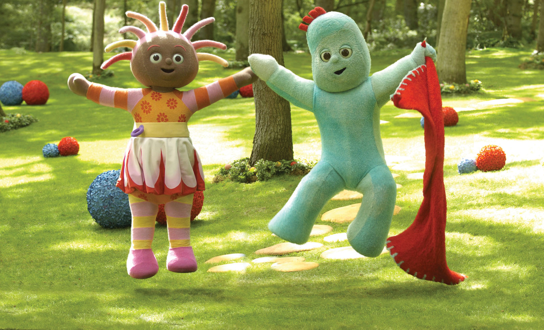 Canada's DHX Media (TSX:DHX) today acquired In the Night Garden, Teletubbies and 10 other children's series with the purchase of the UK's Ragdoll Worldwide Ltd. for approximately $28.4-million CAD. In the Night Garden characters shown (L-R): Upsy Daisy and Igglepiggle. (CNW Group/DHX MEDIA LTD.)