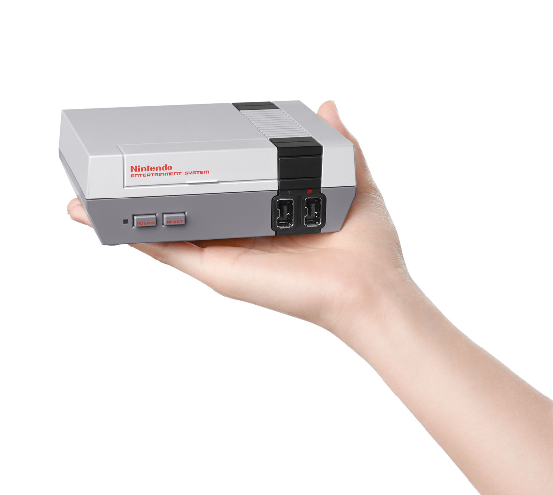 Nintendo Classic Mini Nintendo Entertainment System  (2) (2)