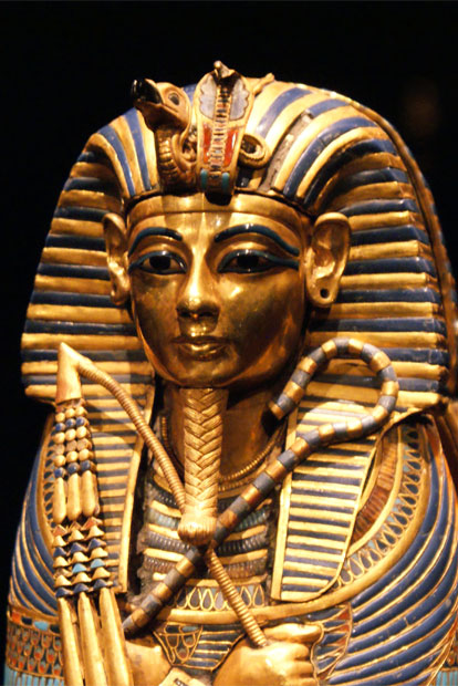 the life and reign of king tutankhamen in ancient egypt Discover more about pharaoh tutankhamun and his life as the 'boy king', whose rule over ancient egypt started at the age of nine.
